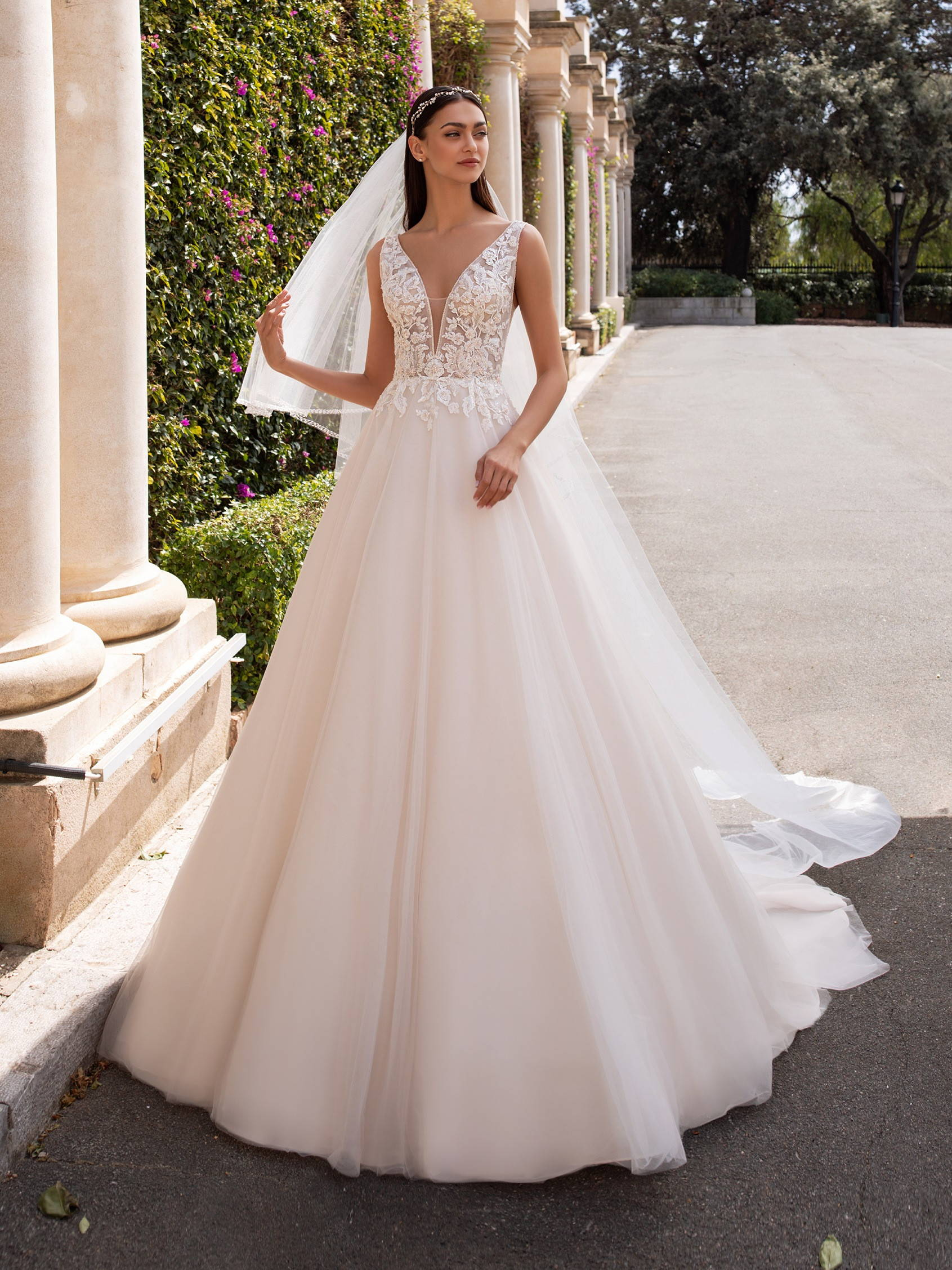 PRONOVIAS kerberos WEDDING DRESS