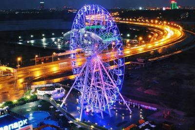 Экскурсия по ночной Казани с катанием на колесе обозрения «Вокруг света»