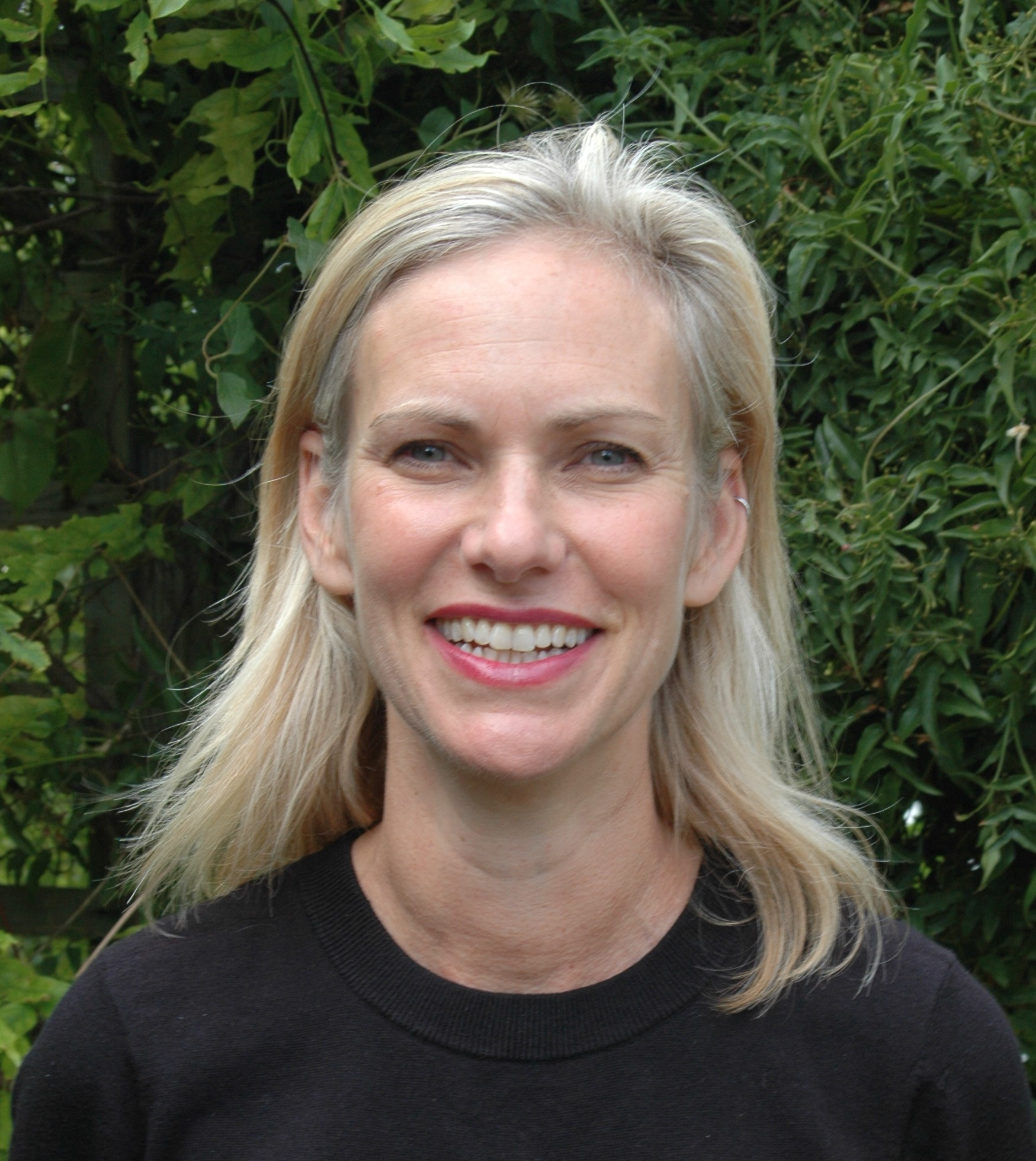 Kate levine headshot