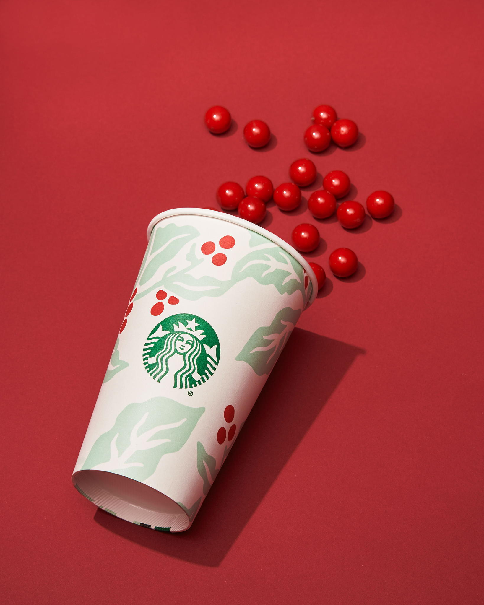 The_Dieline_Starbucks_Holiday-JStrutz-103118-0587_1.jpg