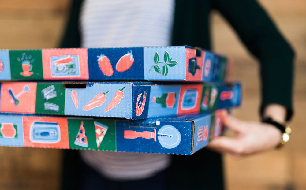 7._bbtp-pizza-boxes2_the-door_credit-baxter-miller.jpg