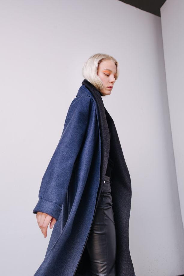 Пальто из шерстяного сукна василькового цвета №25