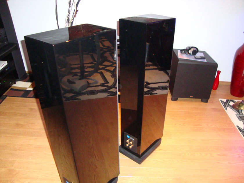 PMC TWENTY  24s    floor standing speakers Demo 1 month old.