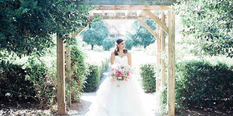 Northern Girl Embraces The Southern Bridal Session