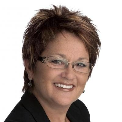 Glenda Morris  Real estate agent RE/MAX Cité