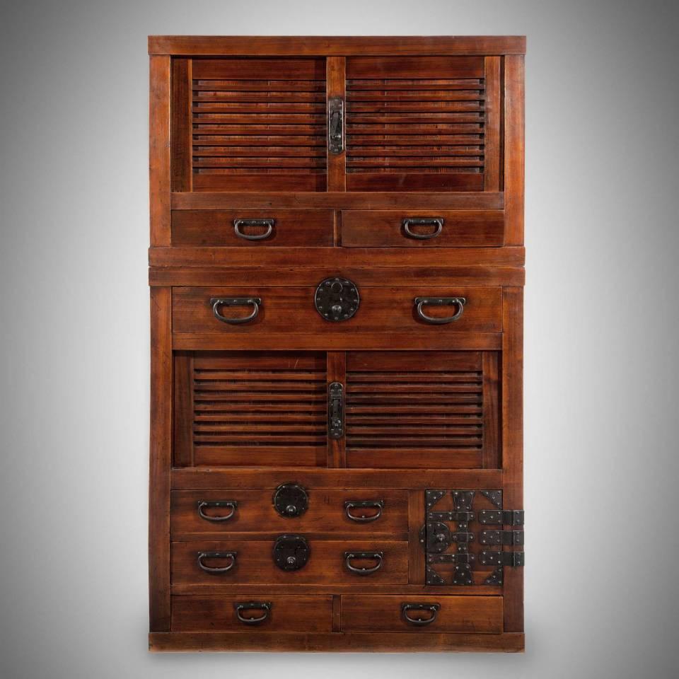 Shop Japanese Antique Furniture - Tansu, Dansu Chests & Japanese Woodblock Prints - Meiji & Edo Period | Indigo Antiques