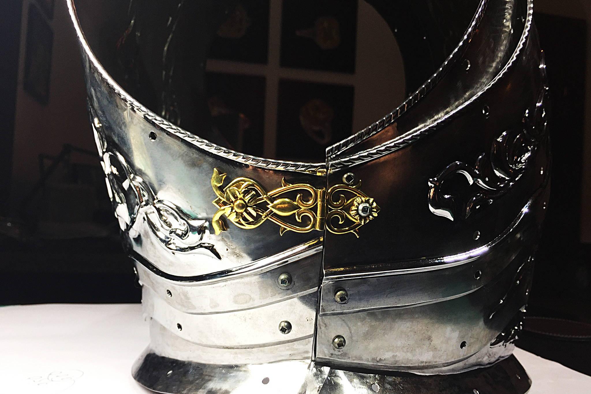 The Conquistador Armor back view