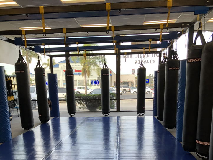 1700 sq ft fully equipped kickboxing/PT gym