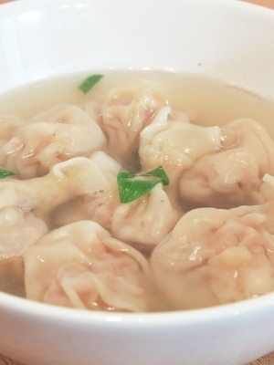 Wantan Soup with Meat and Prawn Filling
