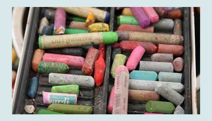 atelier maltopf farbige kreide