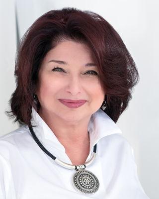 Nicki L. Ayoub