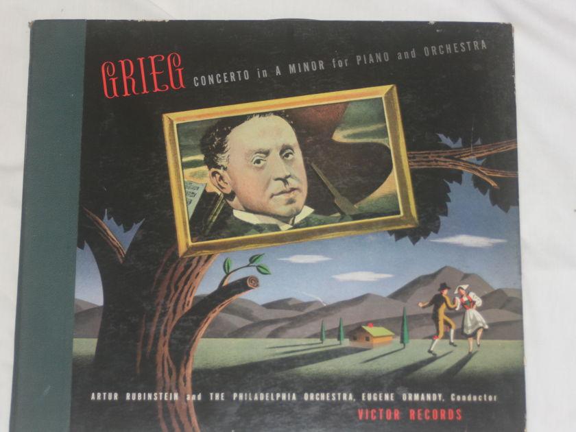 Arthur Rubinstein - Grieg Concerto in A Minor Victor DM 900