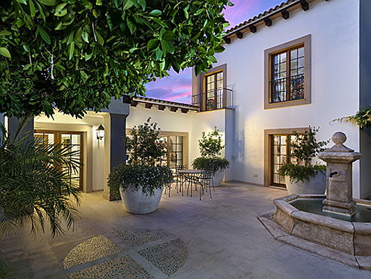 Hamburg - This exclusive property on Majorca with direct access to a golf course is being brokered by Engel & Völkers Mallorca Southwest for 3.95 million euros. (Image source: Engel & Völkers Mallorca Southwest)