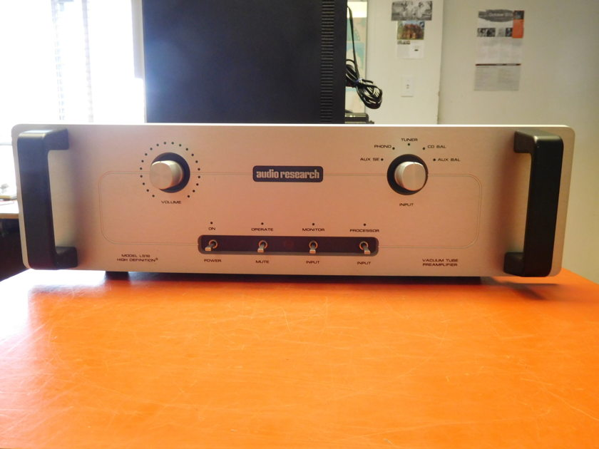 Audio Research LS-16 Tube Preamp With Remote