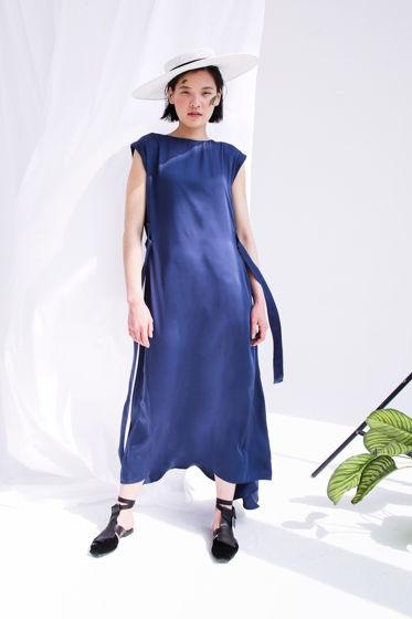 Небесно-Голубое платье с клином