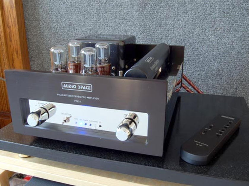 Audio Space Vaccum Tube pre amp PRE-2' with Phono Stage and Remote
