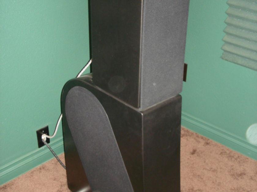 NHT T6 Speaker System w/ (2) 400 watt Amps & Electronic Crossover