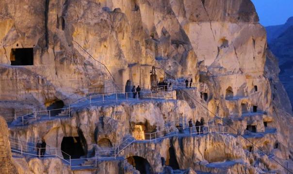 Пещерный город-монастырь Вардзия
