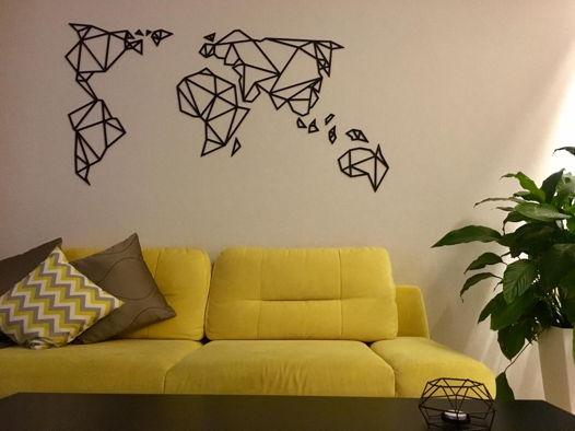 Деревянная полигональная карта Мира