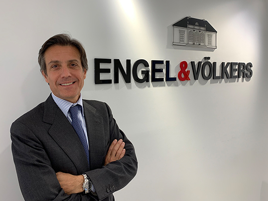 Luxembourg - Engel & Völkers Development expands to Spain. The goal: to use investments for opportunities and to contribute to economic growth.