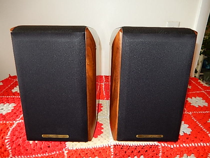 Sonus Faber Concertino Book shelf speakers