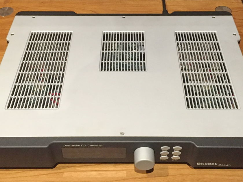 Bricasti M1 DAC 220 volts original. Free shipping worlwide !