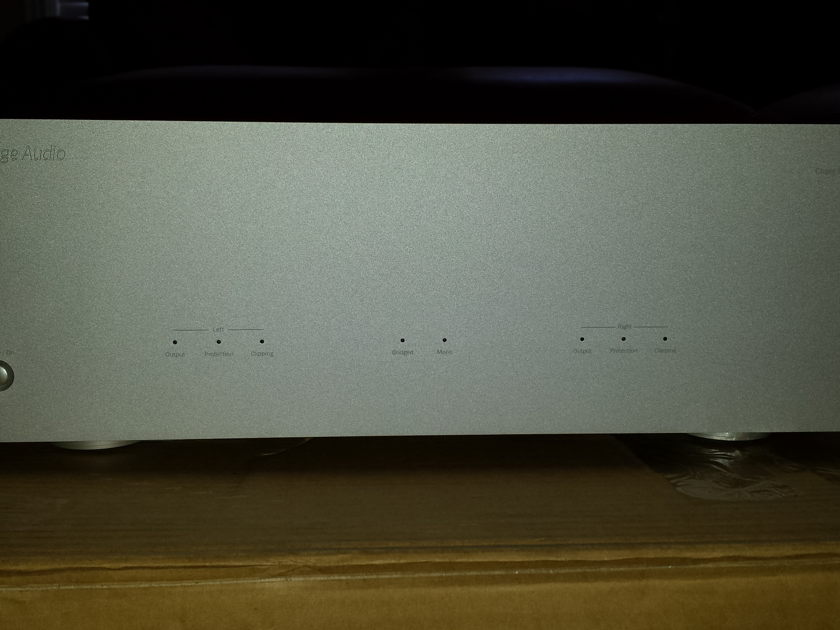 Cambridge Audio Azur 840w  Power Amplifier - Silver