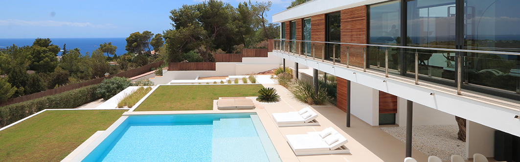 Ibiza - Modern villa with sea view in Es Cubells