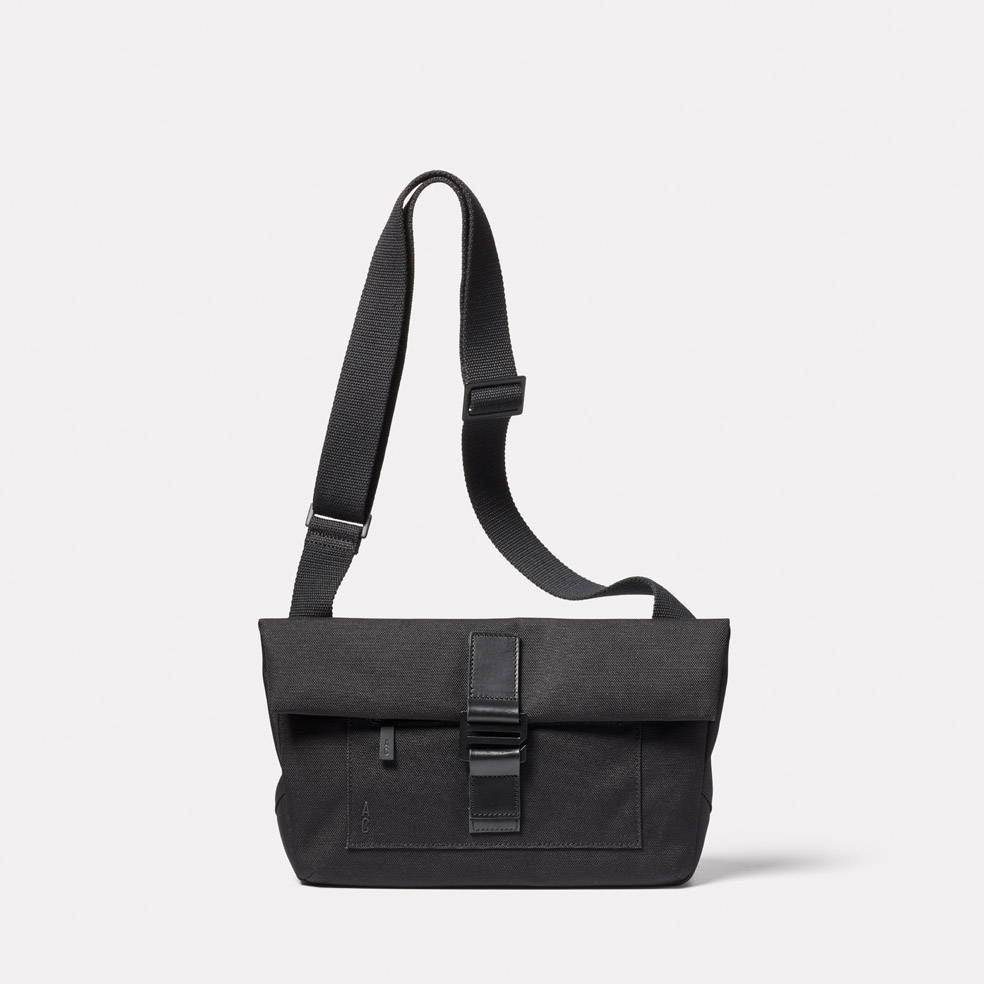 Travis Travel and Cycle Satchel in Black