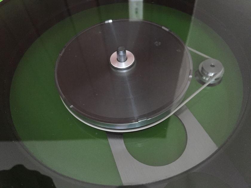 Rega RP6 Turntable