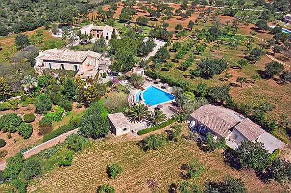 Llucmajor, Mallorca - Marvellous 18th century country estate close to Palma, completely reformed and fitted with modern living comfort