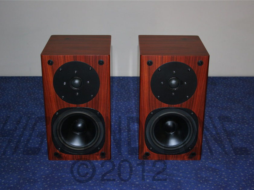 $1,000 Silverline SR12 Rosewood Speakers