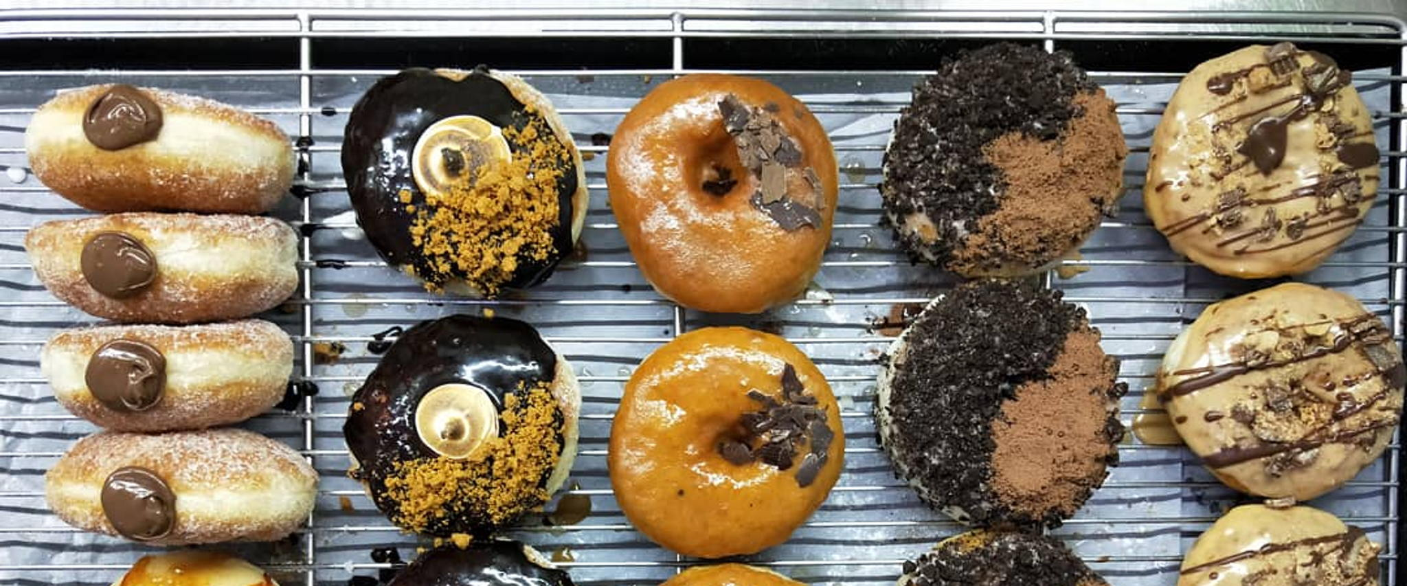 Best stuffed donuts in Singapore: Doughnut Shack, Sourbombe, The Fat Kid Bakery, and more (фото 1)