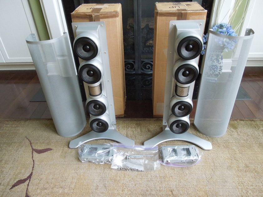 Gallo Acoustics Reference AV speakers  (1 PAIR) $3600 RETAIL !!