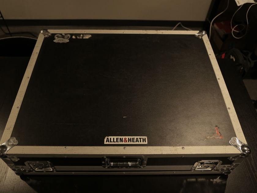 Allen & Heath GLD2400