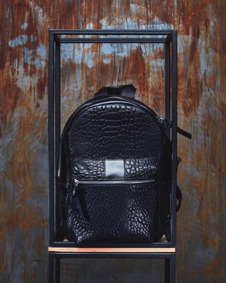 Городской рюкзак RASHI B.B. из телячьей кожи растительного дубления.