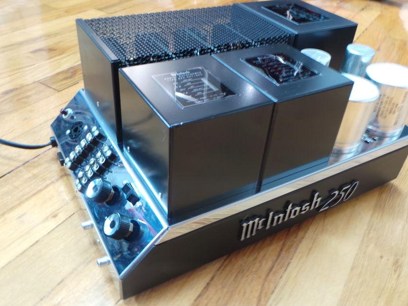 McIntosh MC-250
