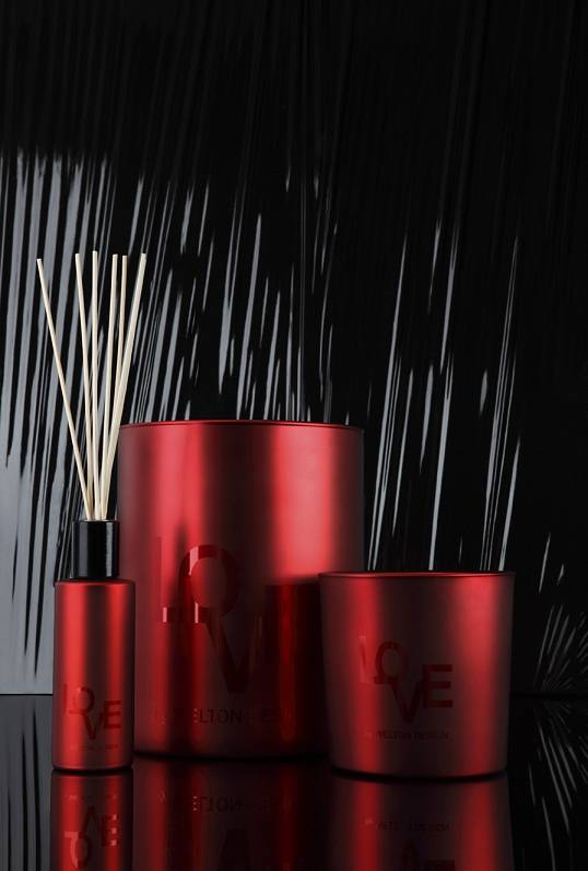 Welton London Love Edition of scented candles and home fragrance diffuser. Red lacquered containers in large sizes. Best Seller made in France
