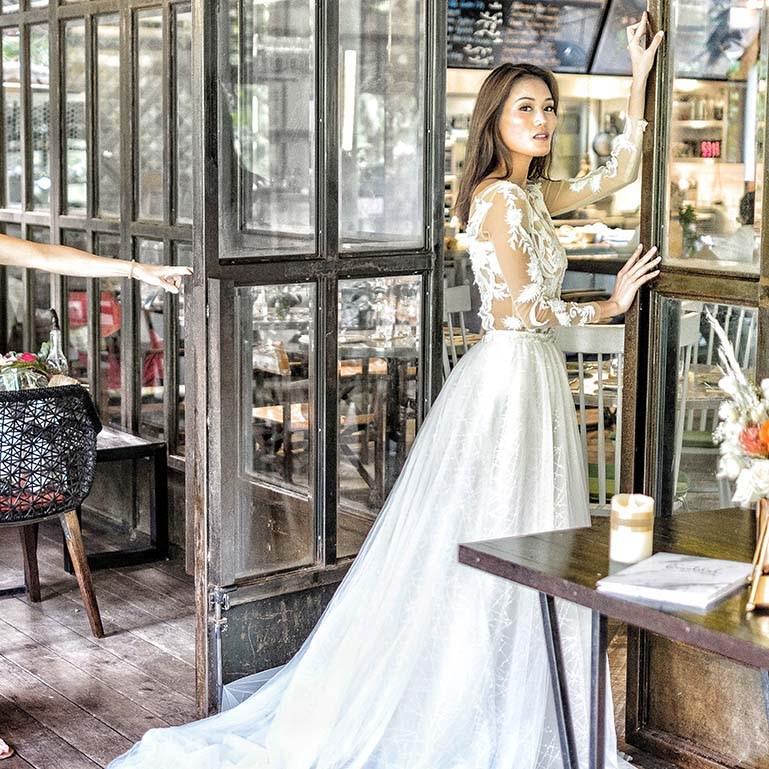 Elizabeth Grace couture model