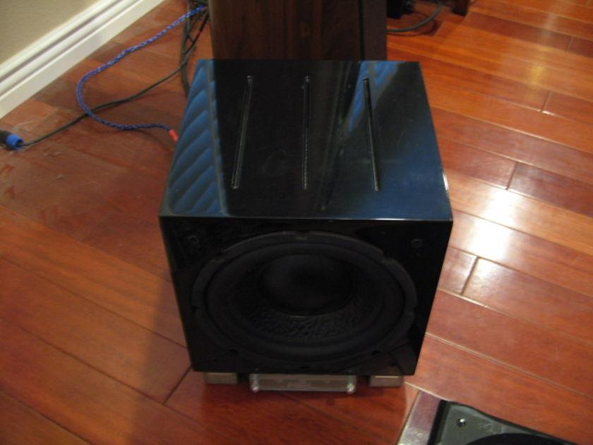 REL SUBWOOFER BLACK R205