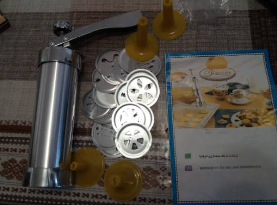 tools-baking-manual-Biscuit-Cookie-presses-stamps-set-cake-decoration-moulds-biscuits-cookiepress-testimonial-8