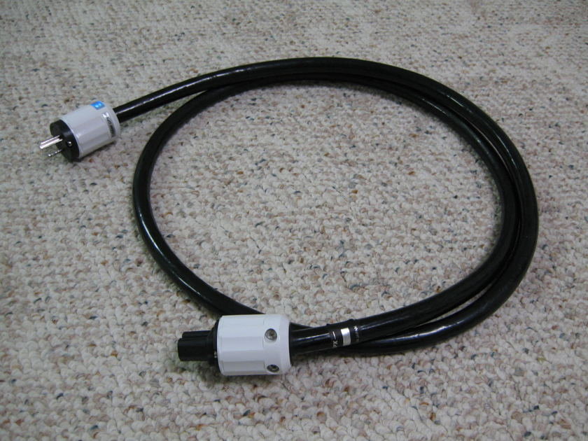 Oyaide Power Cable Tumami GPX-R 1.8m  - Like New