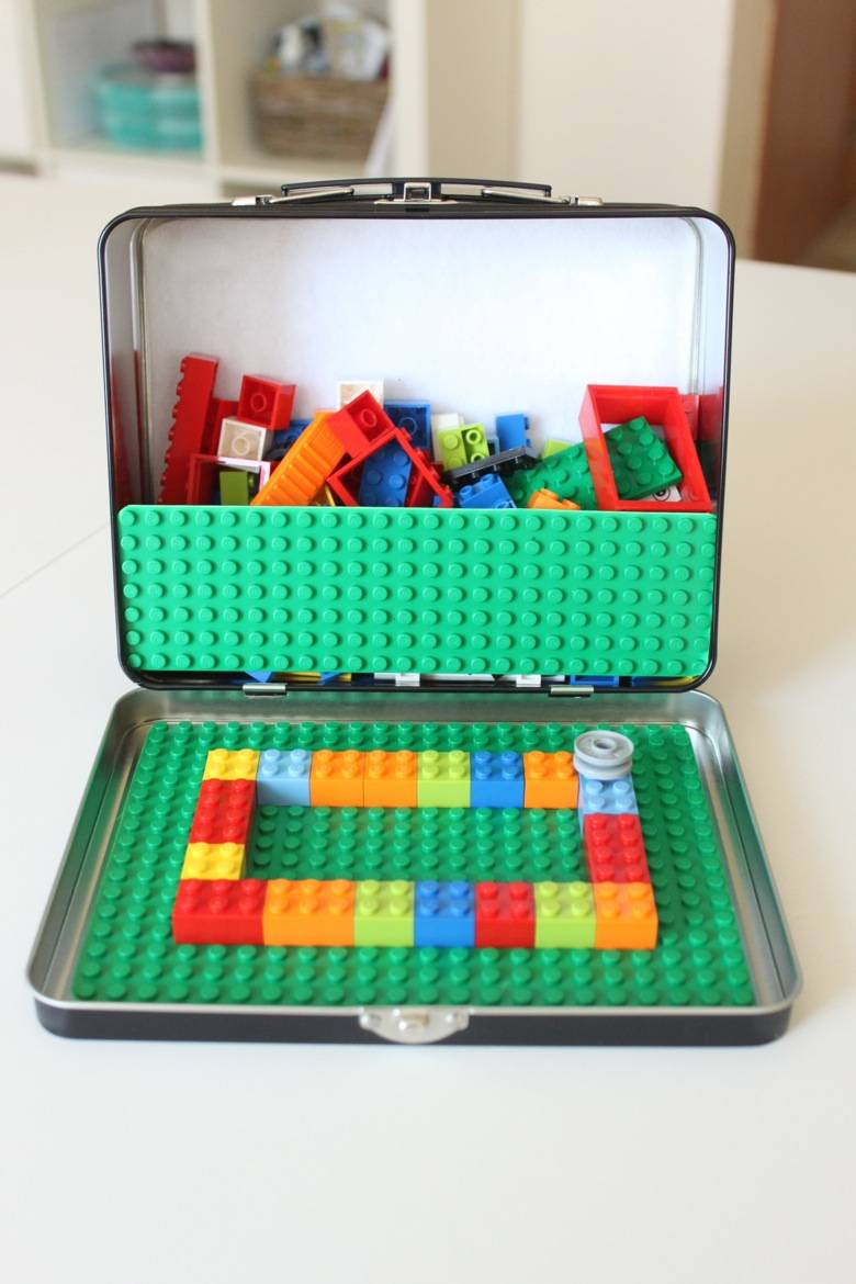 Portable LEGO kit
