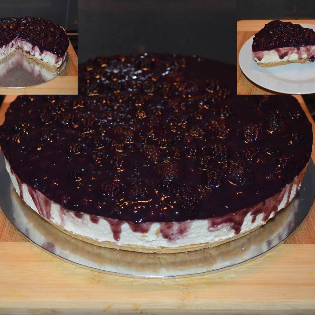Date: 29 Feb 2020 (Sat) 22nd Cake: Mixed Berries (Blackberry, Boysenberry, Strawberry, and Blueberry) Cheesecake - No Bake [250] [152.7%] [Score: 8.9] Cuisine: Western Dish Type: Cake To prove to Judi Walker that once you know how to bake a no-bake cheesecake you can bake whatever no-bake cheesecake you like. Let's see :) .