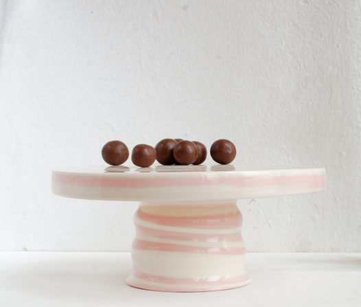 Керамическая тортовница под розовый мрамор