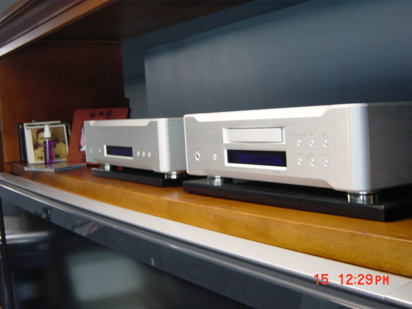 Esoteric P-05 and D-05  Transport and DAC