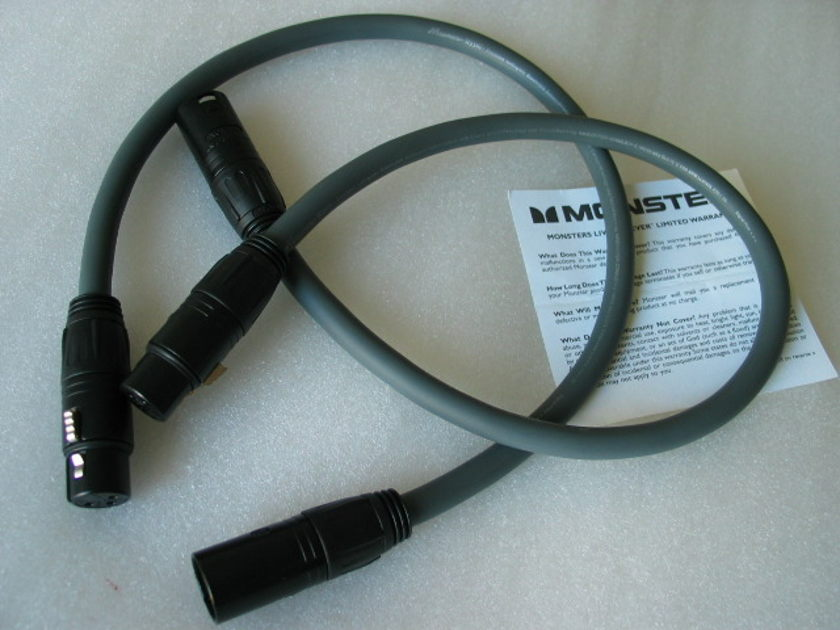 monster cable  M Series M950i  XLR / XLR interconnect cable 22 inches