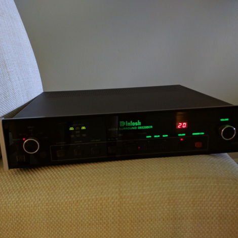 McIntosh MSD4 Analog and Digital Preamp, Processor, and DAC