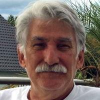 Dr. Bernd Paulus