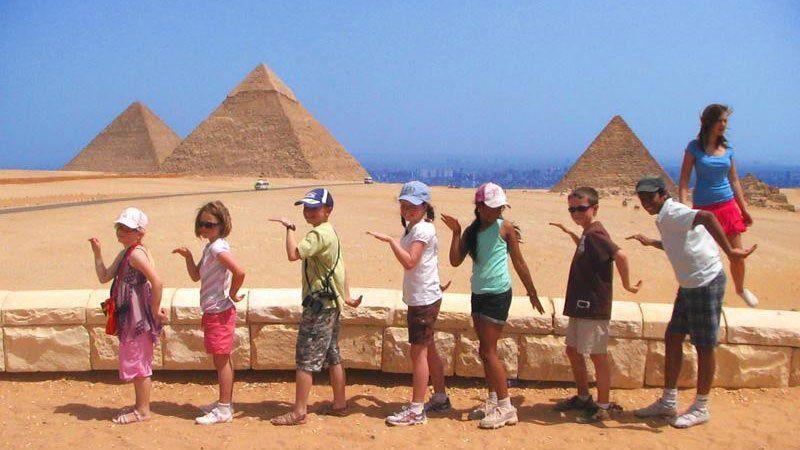 Walk like an Egyptian, The Pyramids, Gisa, Egypt